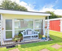 Snaptrip - Last minute cottages - Exquisite Heacham Rental S11854 - Exterior