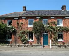 Snaptrip - Last minute cottages - Splendid Foulsham Rental S11883 - Exterior View