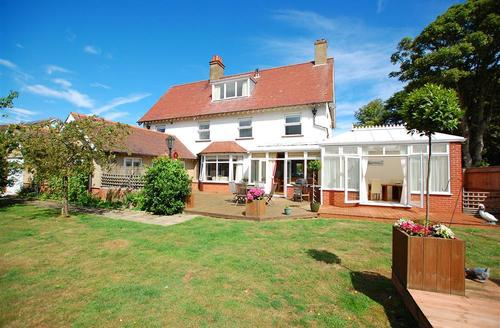 Snaptrip - Last minute cottages - Superb Cromer Rental S11886 - Exterior image