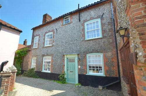 Snaptrip - Last minute cottages - Attractive Blakeney Rental S12006 - Exterior