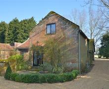 Snaptrip - Last minute cottages - Attractive Wymondham Rental S12008 - Temporary Exterior