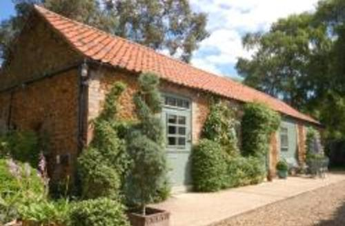 Snaptrip - Last minute cottages - Superb Dersingham Rental S12052 - Exterior View
