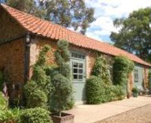 Snaptrip - Last minute cottages - Superb Dersingham Rental S12052 - Exterior View