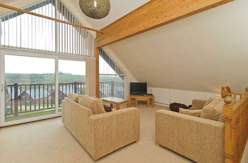 Snaptrip - Last minute cottages - Excellent Saint Columb Rental S1054 - Living area