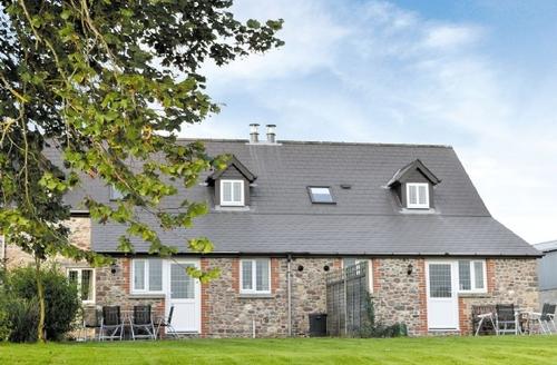 Snaptrip - Last minute cottages - Superb Llandeilo Cottage S21682 -