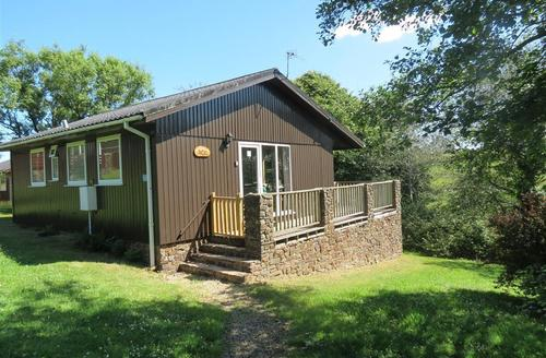 Snaptrip - Last minute cottages - Superb Bideford Rental S12132 - External - View 1