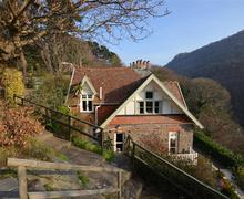 Snaptrip - Last minute cottages - Luxury Lynmouth Rental S12166 - External - View 1