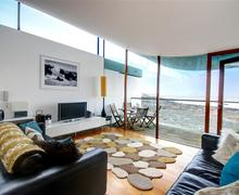 Snaptrip - Last minute cottages - Captivating Westward Ho! Rental S12173 - Sitting Area - View 1