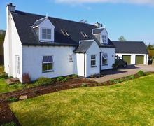 Snaptrip - Last minute cottages - Captivating Fort Augustus Cottage S57460 -