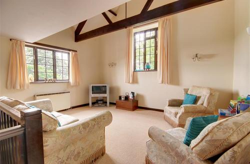 Snaptrip - Last minute cottages - Lovely Dulverton Rental S12203 - Sitting Area - View 1