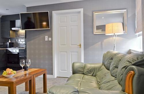 Snaptrip - Last minute cottages - Attractive Anstruther Apartment S44280 -
