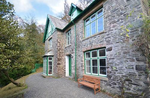 Snaptrip - Last minute cottages - Charming Lynton Rental S12227 - External - View 1