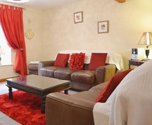 Snaptrip - Last minute cottages - Charming Bowness On Windermere Apartment S58077 -