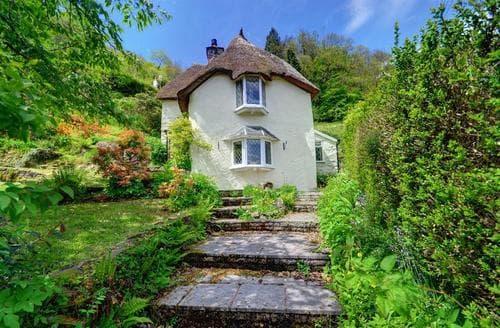Snaptrip - Last minute cottages - Excellent Dulverton Rental S12333 - External - View 1