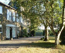 Snaptrip - Last minute cottages - Tasteful Faversham Cottage S76928 -