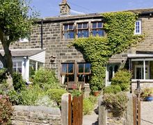Snaptrip - Last minute cottages - Delightful Keighley Cottage S3387 -