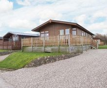 Snaptrip - Last minute cottages - Lovely Carnforth Four S3736 -