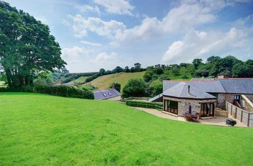 Snaptrip - Last minute cottages - Quaint Barnstaple Rental S12483 - External - View 1