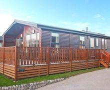 Snaptrip - Last minute cottages - Excellent Carnforth Lodge S4151 -