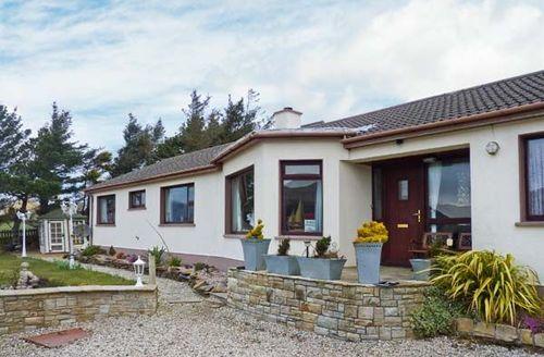 Snaptrip - Last minute cottages - Charming  Rental S6012 -