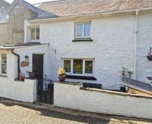 Snaptrip - Last minute cottages - Adorable Llanfyrnach Cottage S12503 -