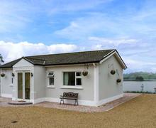 Snaptrip - Last minute cottages - Stunning Carrickmacross Cottage S12553 -