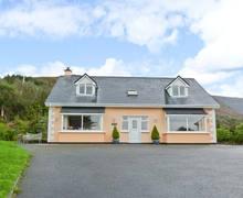 Snaptrip - Last minute cottages - Quaint Caherciveen Cottage S12580 -
