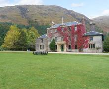Snaptrip - Last minute cottages - Beautiful Ardgour Apartment S12603 -