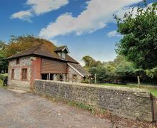 Snaptrip - Last minute cottages - Exquisite Telscombe Village Rental S12640 - Exterior