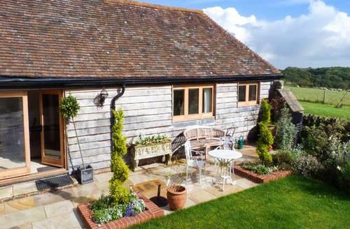 Snaptrip - Last minute cottages - Superb Rushlake Green Cottage S12693 -