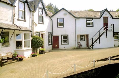 Snaptrip - Last minute cottages - Attractive Creetown, Newton Stewart Rental S12785 - Exterior 2