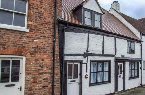 Snaptrip - Last minute cottages - Adorable Back Of Avon Cottage S43738 -