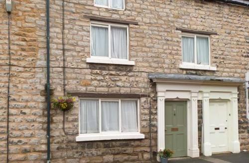 Snaptrip - Last minute cottages - Attractive Kirkbymoorside Rental S12886 -