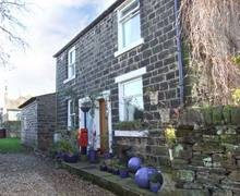 Snaptrip - Holiday cottages - Beautiful Padfield Rental S12905 -