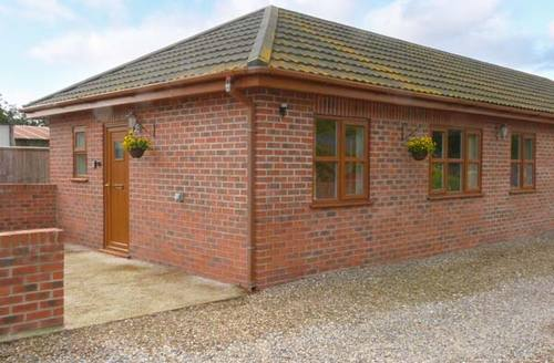 Snaptrip - Last minute cottages - Superb Strensall Rental S12932 -