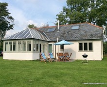 Snaptrip - Last minute cottages - Delightful Winsford Cottage S12948 -