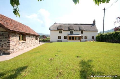 Snaptrip - Last minute cottages - Excellent Porlock Cottage S12959 -