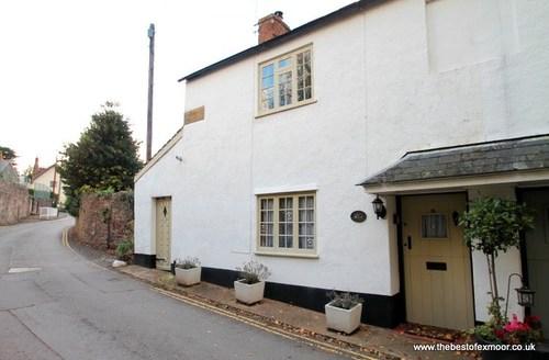 Snaptrip - Last minute cottages - Lovely Dunster Cottage S12964 -