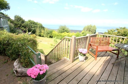 Snaptrip - Last minute cottages - Lovely Porlock Weir Cottage S12970 -