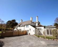 Snaptrip - Last minute cottages - Quaint Porlock Cottage S12972 -
