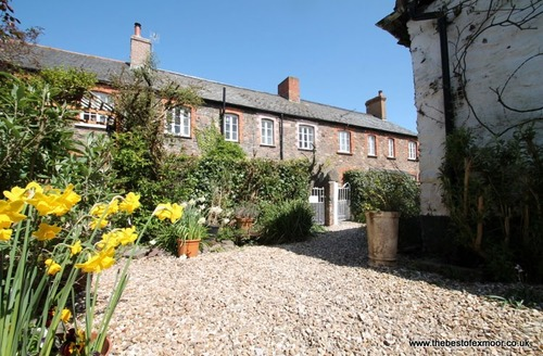 Snaptrip - Last minute cottages - Charming Porlock Cottage S12974 -
