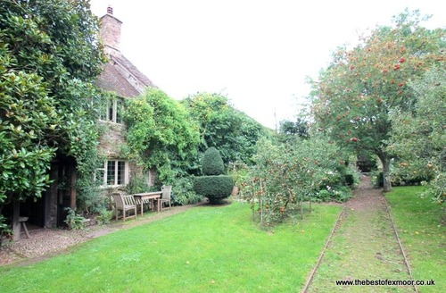 Snaptrip - Last minute cottages - Quaint Dunster Cottage S12980 -