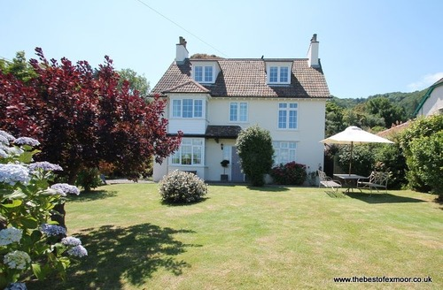 Snaptrip - Last minute cottages - Quaint West Porlock Cottage S12982 -