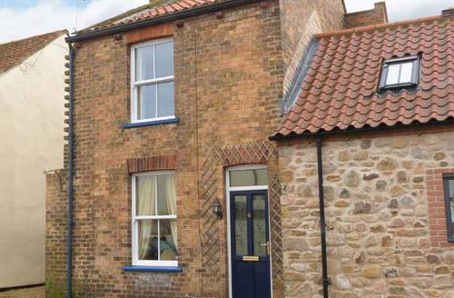 Snaptrip - Last minute cottages - Excellent Hornsea Rental S12990 -