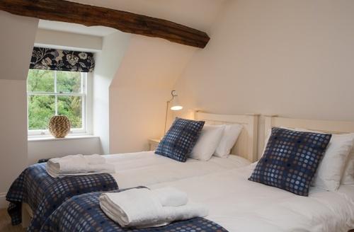 Snaptrip - Last minute cottages - Excellent Llanelltyd Cottage S9556 -