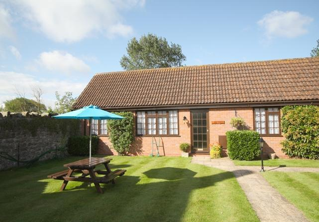 One of four award-winning cottages near Weston super Mare. Sleeps 4.  - Oak Tree Cottage At Hope Farm