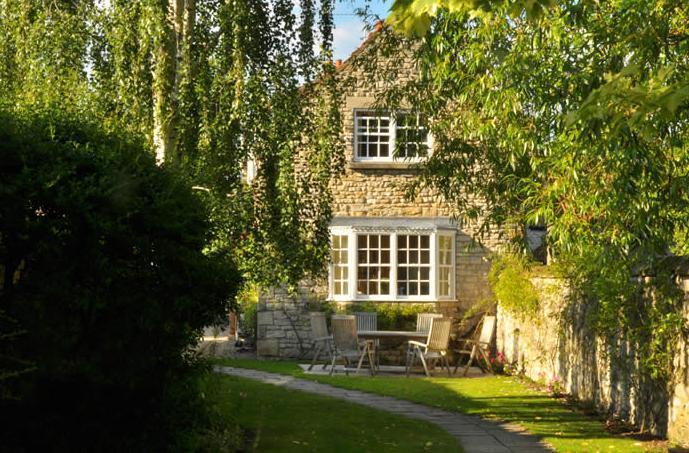 Hungate Cottages Saltersgate Cottage. Sleeps 7