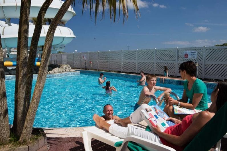Haven Holidays Perran Sands Holiday Centre Outdoor pool