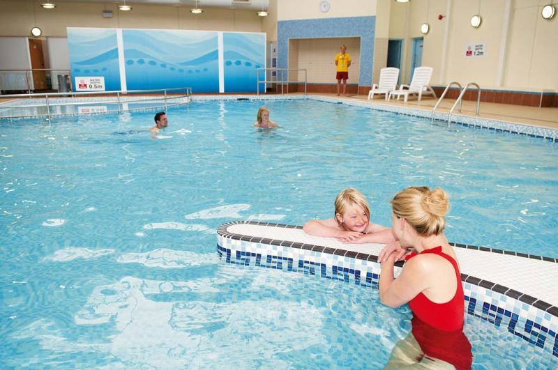 Indoor pool - Haven Holidays Riviere Sands Holiday Park
