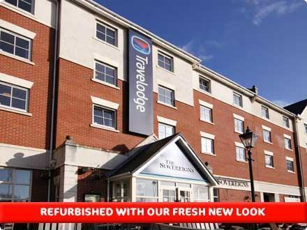 Travelodge Portsmouth budget hotel Modern Travelodge hotel set close to the Portsmouth ferry ports to France & Channel Islands.